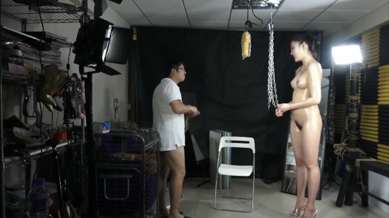 微信紅包購買小護士各式性感情趣內衣自拍視頻